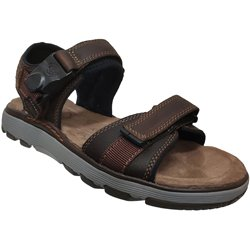 Un trek part Marron cuir